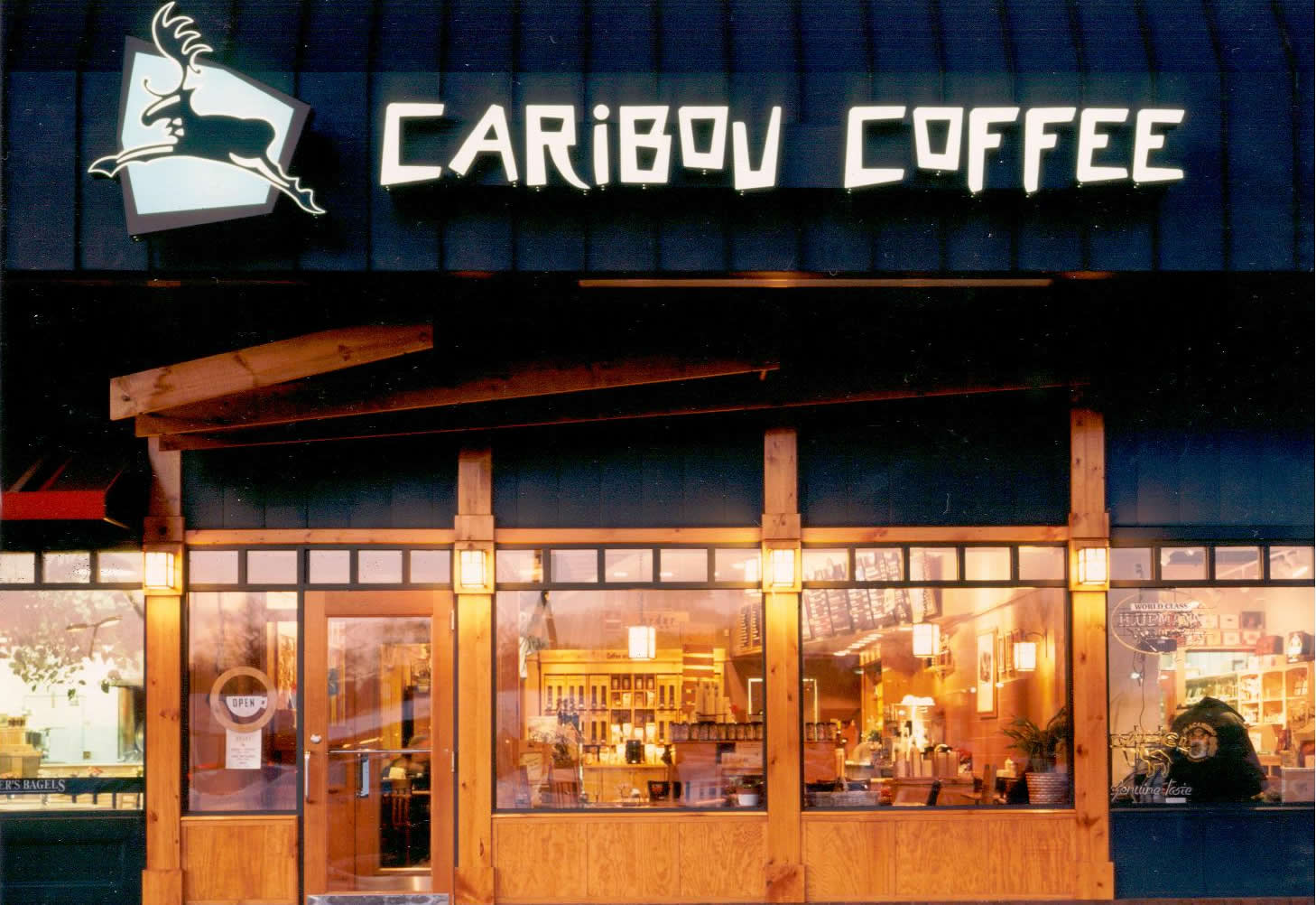 4.-Caribou-Coffee-Ext