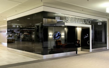 BodySound Exterior, Ridgedale Shopping Center, Minnetonka, Minnesota